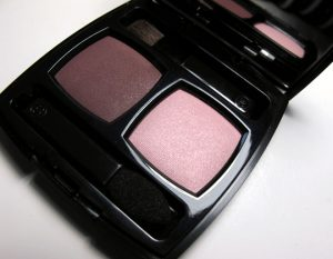 chanel-ombres-contraste-eyeshadow-duo-review-pictures-berry-rose