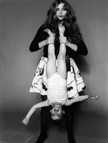 Bebe Buell and daughter Liv Tyler photographed in New York City. 1980.   ** HIGHER RATES APPLY ** NO TABLOIDS / SKIN MAGS **  © Marcia Resnick / Retna Ltd.