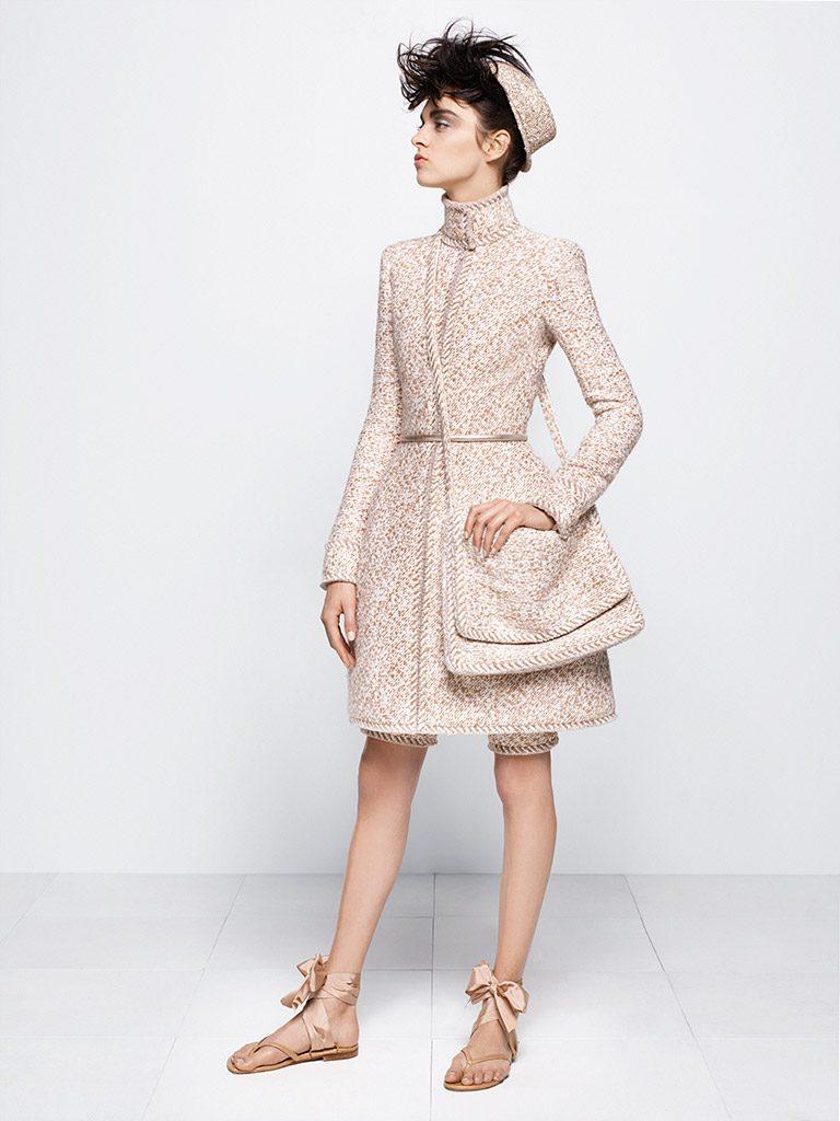 fallwinter-2014-to-2015-haute-couture-chanelmademoiselle