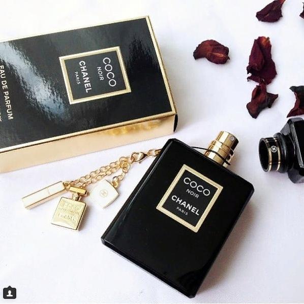 a0ecd9715c9a Жак Польж, парфюмер дома Шанель, является создателем Chanel Coco Noir.  Высокие ноты этого аромата содержат грейпфрут и Калабрийский бергамот, ...
